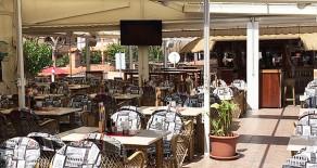 Gelegenheit in Bestlage: Restaurant in Paguera mit großer Terrasse und ausgezeichneten Umsätzen zu pachten