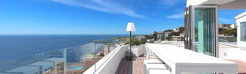 Einzigartiges Luxus Duplex Penthouse mit atemberaubendem Meerblick in 1A Lage direkt am Strand von Illetas auf Mallorca