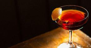 Langjährig erfolgreiche Bar mit Restaurantlizenz in Paguera auf Mallorca inklusive Immobilie zu verkaufen